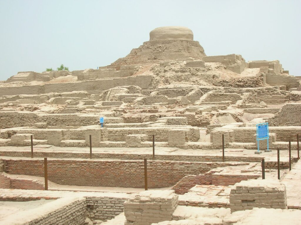 an overview of ancient egypt an ancient indus valley civilization The indus valley civilisation (ivc), or harappan civilisation, was a bronze age  civilisation (3300–1300 bce mature period 2600–1900 bce) mainly in the.