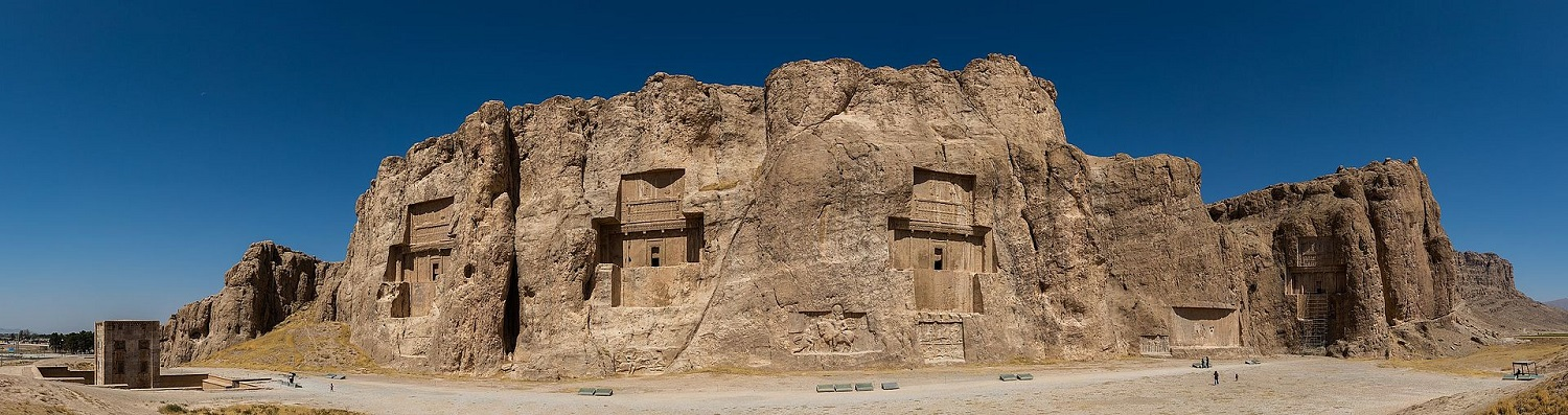 Wonders Of Ancient Engineering: The Majestic Rock-Cut Tombs Of The Achaemenid Kings Naghsh-e_rostam_Irán_2016-09-24_DD_20-24_PAN