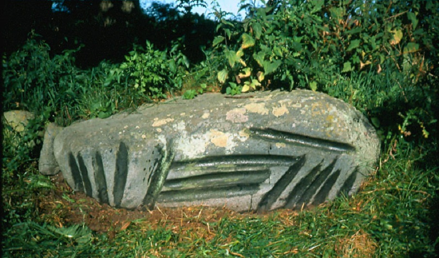 The Enigmatic Gotland Grooves, Ancient Cosmic Calendars? Oja_strands_i